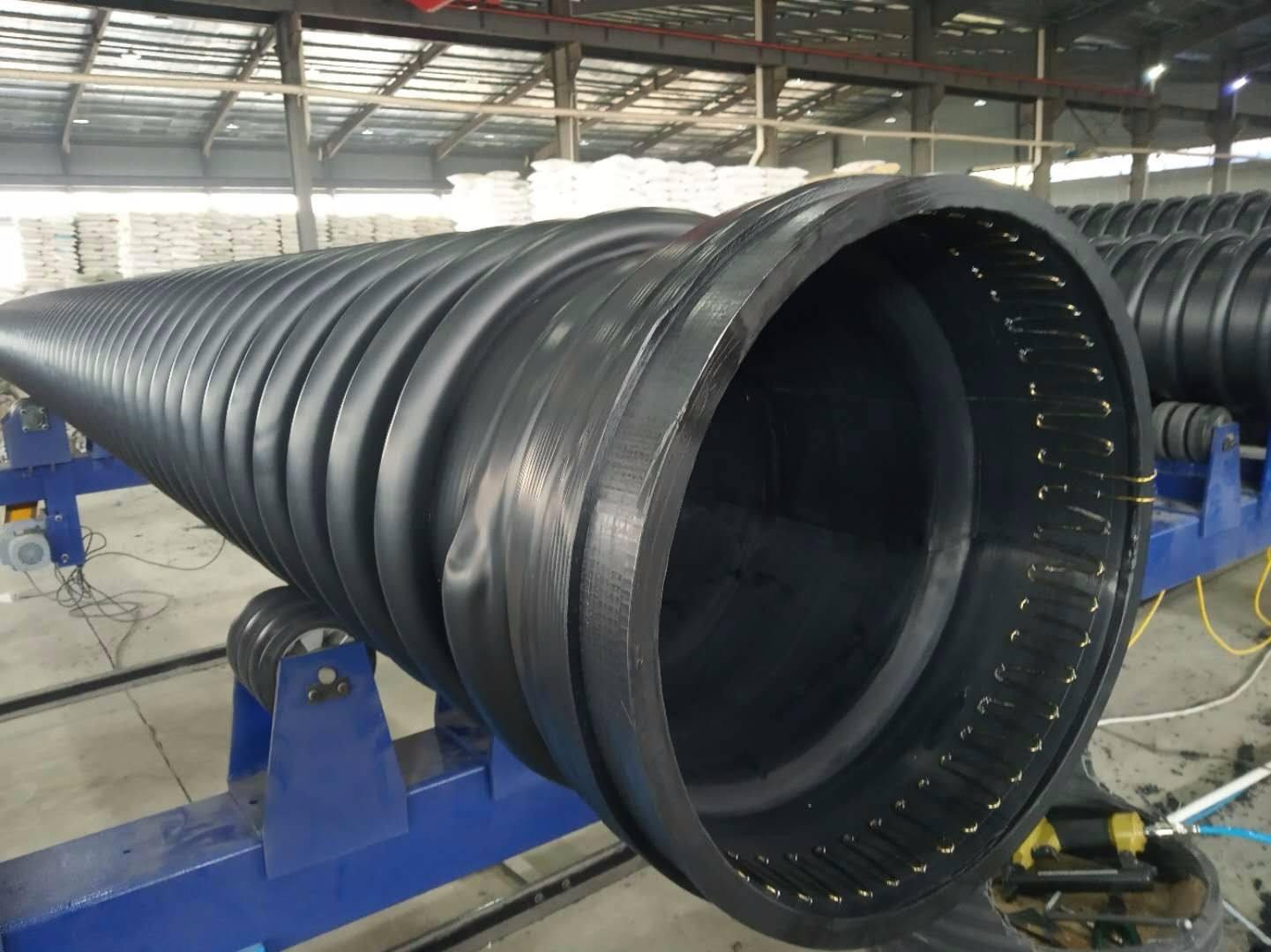 HDPE缠绕结构壁管始终走在排水管道行业的前列, 广东克拉管 广东内肋管 广东钢丝网骨架管